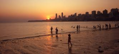 Cowpatty Beach  Top 5 Places in Mumbai