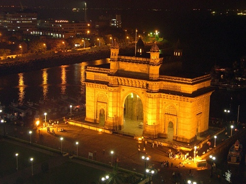 Gateway of India Top 5 Places in Mumbai