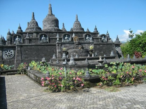Lovina  (Bulelang)  Best Places to Visit in Bali