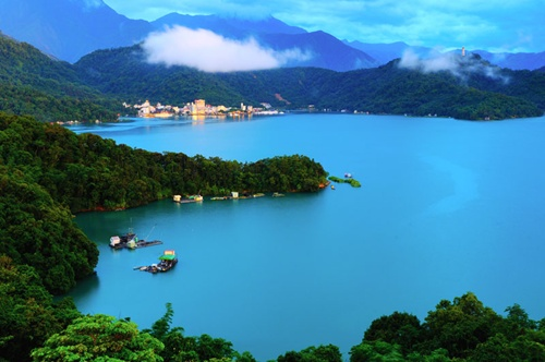 Sun Moon Lake  Wonderful Places in Taiwan