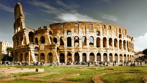 The Colosseum (or Coliseum) Historical Sites of Italy