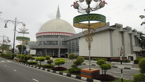 The Royal Regalia Museum Fascinating Places in Brunei