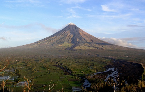 Best Destinations in the Philippines Volcanoes
