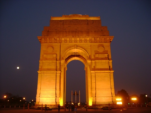 India Gate Characteristic Attractions in Delhi