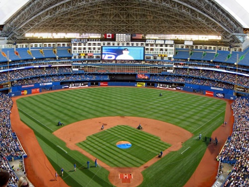 Places to Visit in toronto  Rogers Center