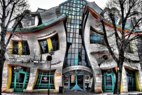 Top Ten World Most Creative and Beautiful Buildings
