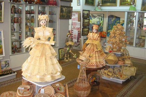 What to See and Do in Minsk, Belarus  Souvenirs