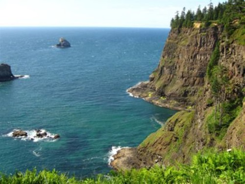 Best Honeymoon Destinations in the US  Oregon Coast
