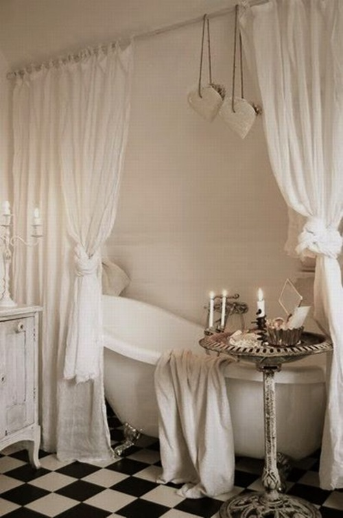 Cottage Curtain Designs for Bathrooms