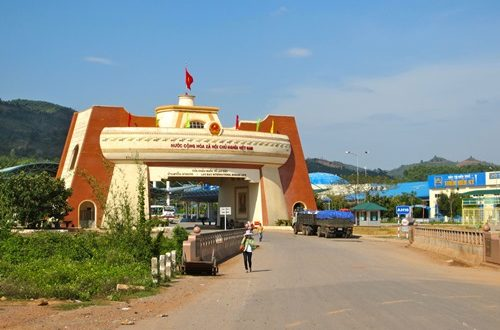 Crossing the Laos Cambodian Border