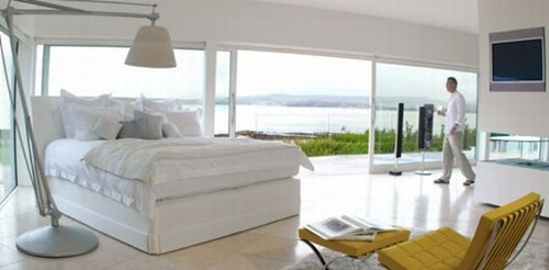 Top Ten Most Expensive Beds Ever