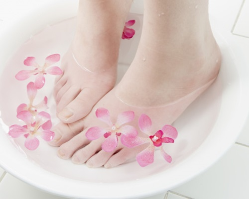 8 Amazing and Important Foot Care Tips
