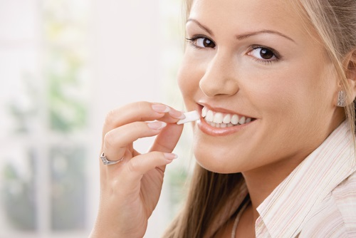 Is chewing sugarless gum important for your health