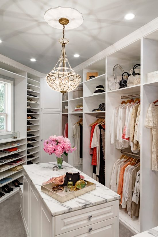 Beautiful Walk In Closets to design a beautiful and neat 2016 walk-in closet in your bedroom!