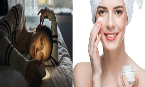 Common Bedtime Mistakes That Make Your Skin Age Faster