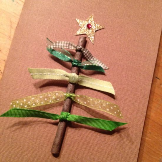Handmade Christmas Crafts your children can try this year