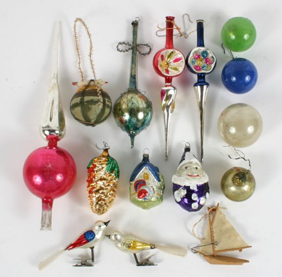 Vintage Christmas decorations; warm and nostalgic holiday's gathering