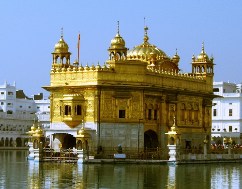 Golden Temple Attractive Temples in India