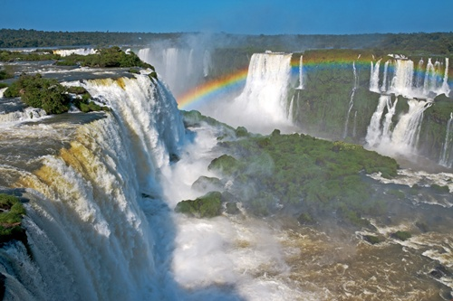 Iguaza Falls Best Places in Argentina