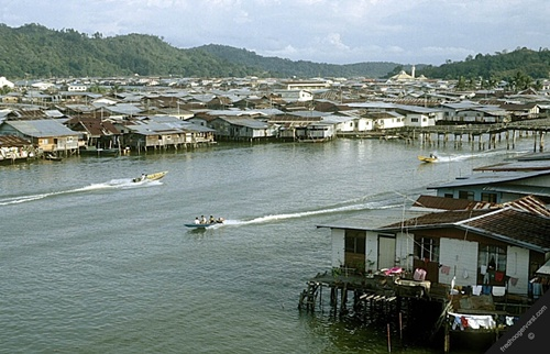Kampong Ayer  Fascinating Places in Brunei