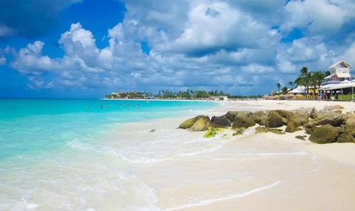 Palm Beach (Aruba)  The Best Beaches in the Caribbean