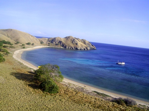 komodo-Komodo Island Beautiful Places in Indonesia