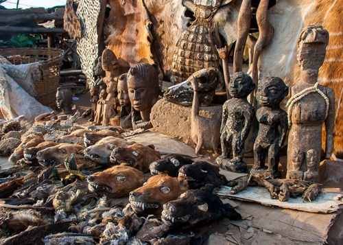 5 of the Scariest Places on Earth   Akodessewa Fetish Market
