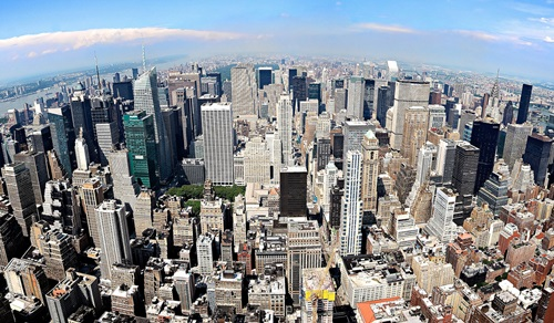 The Attractions of Midtown Manhattan
