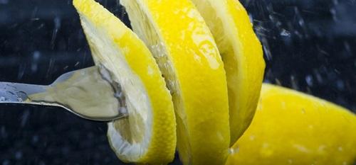 Top 12 Wonderful Benefits of Lemons