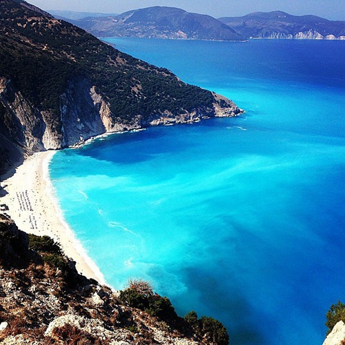 Photo of The Most Amazing Beaches in Greece – Crete, Mytros, Kefalonia, Naxos, Navagio and  Zakynthos