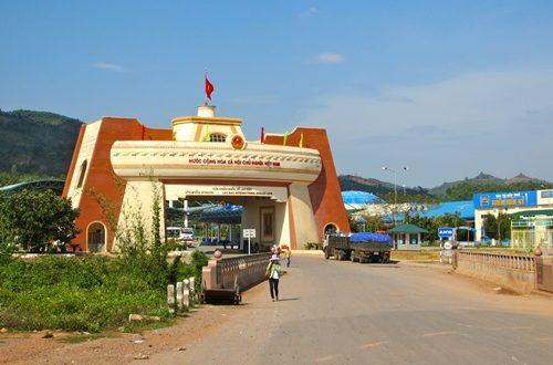 Crossing the Laos Cambodian Border