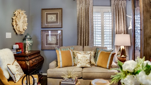 SMALL SPACE SOLUTIONS FOR DECORATING & DESIGNING SMALL ROOMS