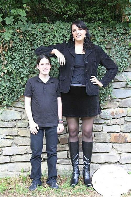 Top Ten Tallest Women That Ever Walked On Earth