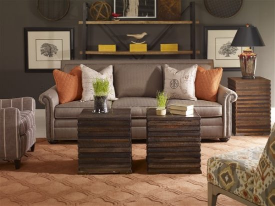 Have a perfect wooden furniture look for 2016 by adding a paint touch