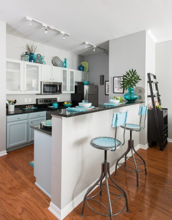 Modern kitchen all-in-one kitchen's island designs to fit small spaces
