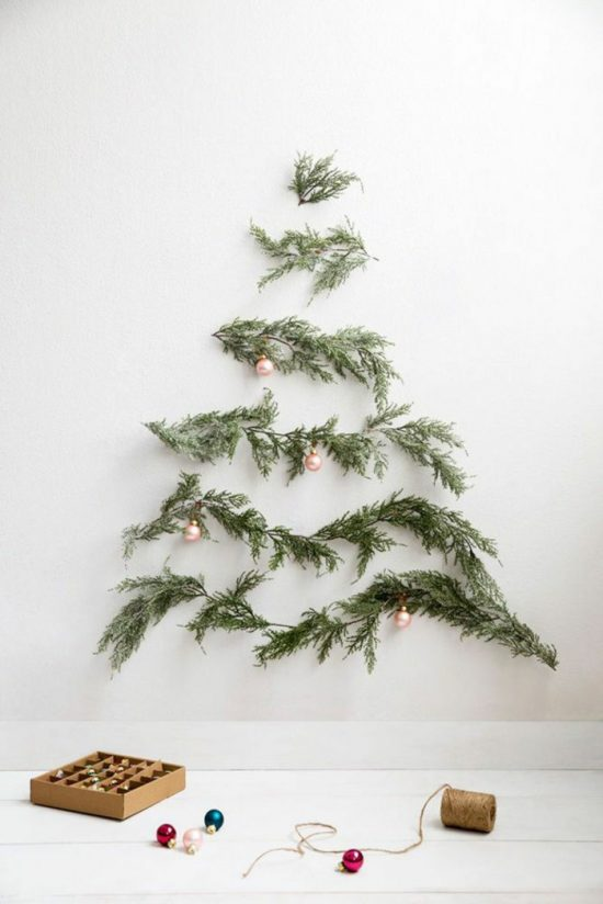 New Christmas Decorating Ideas that you can try this year
