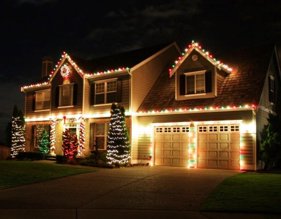 Outdoor Christmas Decorations: Interesting Ideas to Apply This Year