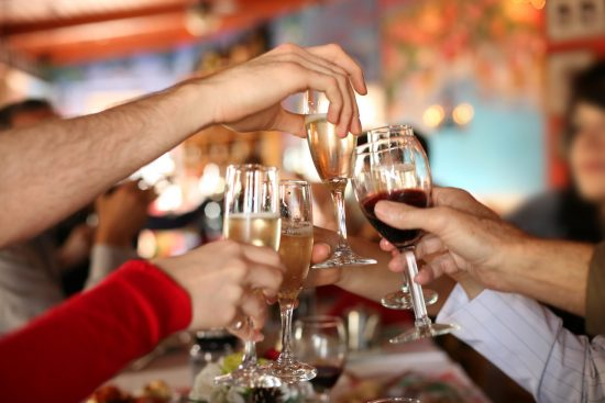 Warm and joyful Christmas party ideas for family and friends gathering