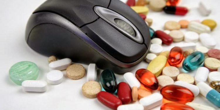 Photo of Pros and Cons of Buying Prescription Drugs from Online Pharmacies